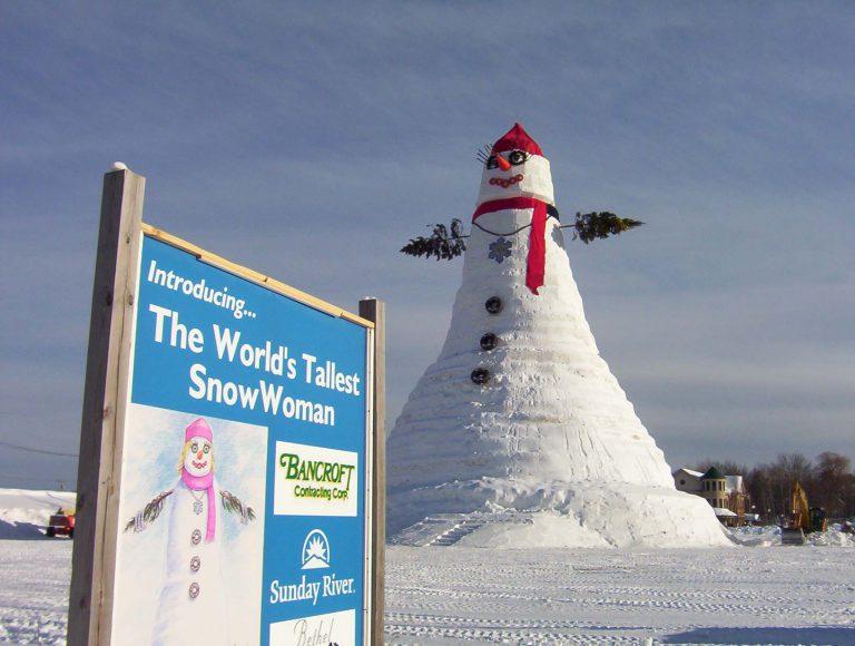 Ολύμπια, ο μεγαλύτερος χιονάνθρωπος του κόσμου